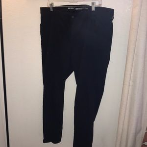 💋2/$25 Old Navy super skinny mid rise black jeans